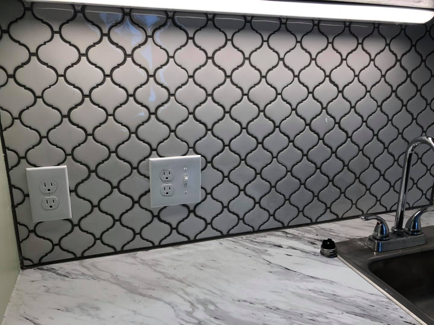 Can you please help us by voting on which backsplash you like best? Best way is